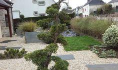 HIVER 2015, en été, le show est différent. #jeannereidpaysagiste #paysagiste #landscaper #jeannereidlandscaper #gardenconcept ◹◸ #moderngarden #jardinmoderne #garden #jardin #designedgarden #topiary #topiaire #gravillons #gravel #flowerbed