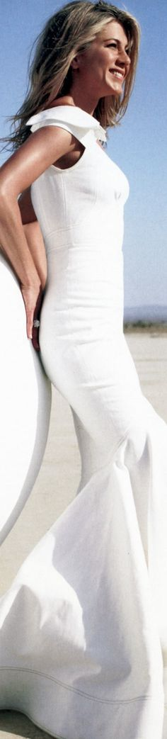 Jennifer Aniston in Zac Pozen