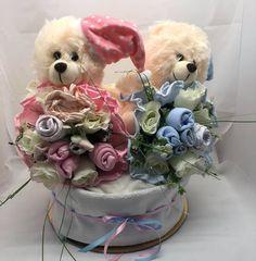 Ανθοδέσμες μωρουδιακών και τούρτα για δίδυμα Bouquet, Children, Young Children, Boys, Bouquet Of Flowers, Kids, Bouquets, Floral Arrangements, Child