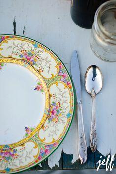 Inspiration For A Rustic Vintage Style Wedding c2156af4161d