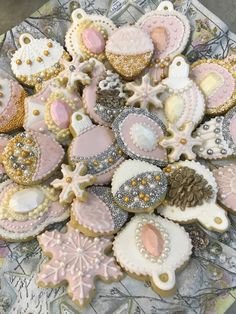 Pink, Gold & Silver Christmas Ornament and Snowflakes Cookies Snowflake Cookies, Iced Cookies, Easter Cookies, Holiday Cookies, Cupcake Cookies, Christmas Food Gifts, Christmas Goodies, Christmas Ornament, Holiday Baking