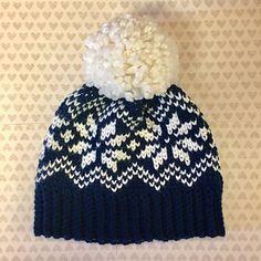 Snowflake Knit Look Hat pattern by Kelsey Daughtry free crochet pattern Crochet Adult Hat, Crochet Beanie Pattern, Crochet Mittens, Crochet Scarves, Crochet Clothes, Knitted Hats, Kids Crochet Hats Free Pattern, Crochet Waistcoat, Fair Isle Knitting Patterns
