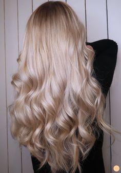 Loop hair to remove outgrowth and home color, for a cool blonde balayage Asian Men Long Hair, Blonde Hair Looks, Perfect Blonde Hair, Baby Blonde Hair, Blonde Wig, Girls With Blonde Hair, Hair Color Guide, Coiffure Hair, Natural Hair Styles