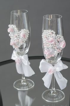 Wedding Champagne Flutes, Wedding Glasses, Champagne Glasses, Second Weddings, Ribbon Bows, Bridesmaid Gifts, Different Colors, Anniversary Gifts, Gifts For Her