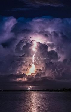 its that call you have been waiting for wow what a ring tone please don't hit the hold butten We don,t no what more happen. Lightning Photography, Storm Photography, Landscape Photography, Nature Photography, Photography Tips, Portrait Photography, Wedding Photography, Beautiful Sky, Beautiful Landscapes