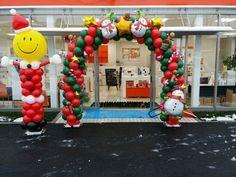 本日のHAPPYバルーンは『祝☆オープン記念♪ウェルカムバルーンアーチ・クリスマス.ver』です|滋賀県 風船 おむつケーキ バルーン ギフト専門店