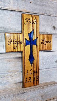 Wooden Cross Crafts, Wooden Crosses, Crosses Decor, Wood Crafts, Cross Wall Art, Stain Glass Cross, Making Wooden Toys, Wood Carving Patterns, Religious Cross
