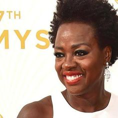 Emmys mistakenly dub Oscar nominee Viola Davis an Oscar winner http://shot.ht/1Yth3sx @EW