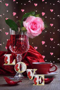 Gifs /Mensagens/ Dicas e Coisinhas da Mallú — Orɑçãσ à Nσssɑ Sєηhσrɑ pɑrɑ σ Diɑ dɑs Mãєs…. Beautiful Love Images, Love Heart Images, I Love You Pictures, Love You Gif, Beautiful Rose Flowers, Flowers Gif, Romantic Images, Love Kiss, Love Flowers