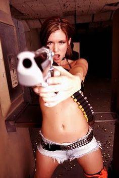 Hot Girls With Guns