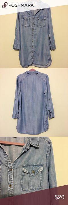Philosophy Denim Chambray Button-Down Shirtdress Denim long-sleeve button-down shirtdress by Philosophy. This dress is so versatile - dress it up with a scarf and boots for a business casual work look, or pair it with Birkenstocks for an effortless weekend outfit. Size medium. 100% Tencel washes very well. In excellent pre-owned condition. Full-button front, pockets. Philosophy Dresses Long Sleeve