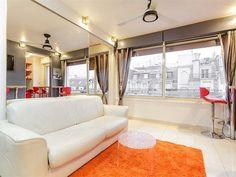 new Apartment on Rue de Ponthieu, 8arr. Price: 2200 EUR / month