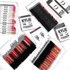 Pinterest: harmonizer Kylie Lips, Kylie Lip Kit, Makeup Art, Beauty Makeup, Power Of Makeup, Makeup Needs, All Things Beauty, Makeup Yourself, Natural Makeup