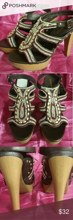 """BCBG Beaded Platform Sandal, 8 Excellent sandal w/approx 1"""" wood platform & 4""""+ heel. Shoes Platforms"""