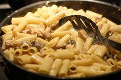 The Food Gospel According to Ruth: Maggiano's Rigatoni D