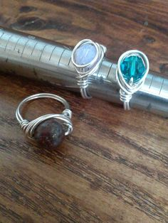 Wire wrap rings.