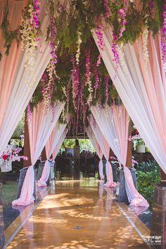 New Wedding Reception Entrance Decor Beautiful Ideas Wedding Reception Entrance, Wedding Hall Decorations, Decor Wedding, Wedding Scene, Table Wedding, Party Wedding, Wedding Bride, Wedding Walkway, Light Wedding