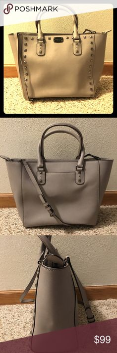 fe0aefbb921f Michael Kors Handbag Michael Kors saffiano leather handbag! 2 handles and 1  long, adjustable