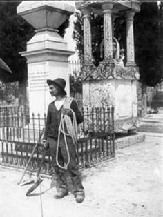 El enterrador El que daba sepultura a los cadáveres