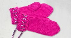 Näin neulot Lovikka-lapaset - Neulonta ja virkkaus - Suuri Käsityö Knit Mittens, Knitting Socks, Mitten Gloves, Knit Socks, Hand Warmers, Handicraft, Knit Crochet, Diy And Crafts, Textiles