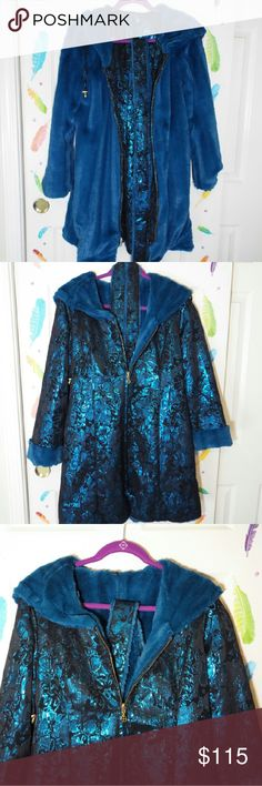 Iman reversible coat in size small Iman Reversible coat. Global Chic Collection, new. In perfect condition. Unworn. Iman  Jackets & Coats
