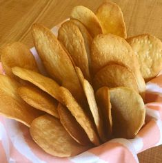 Real Food Recipes, Snack Recipes, Cooking Recipes, Yummy Food, Salty Snacks, Quick Snacks, Empanadas, Argentine Recipes, Healthy Crackers