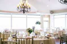 Ocean Cliff Newport Wedding: Amanda and Matthew