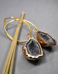 wow. (Geode Earrings - Druzy Earrings - Geode Jewelry - Druzy Jewelry. $90.00, via Etsy.)