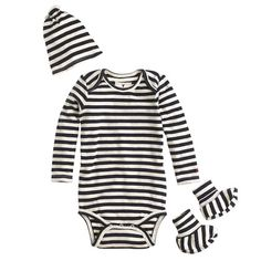 set contains one long-sleeve bodysuit, a matching knotted beanie and too-cute booties, all in a crewcuts gift box