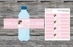 Detalle original Primera Comunión. Decora las botellas de la fiesta con etiquetas personalizadas de la comunión de tu hijo