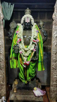 Lord Balaji, Lord Murugan, Hindu Mantras, Buddha Meditation, Om Sai Ram, Pooja Rooms, Goddess Lakshmi, Lord Vishnu, Temples