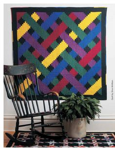 *free* pattern download: Fons and Porter's Love of Quilting ebook, called 'Build Your Best Log Cabin'.  The Woven Log Cabin is one of the quilts in the book.