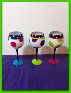 Dot pattern wine glasses