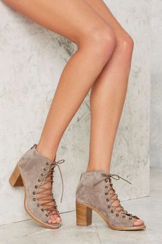 Jeffrey Campbell Cors Bootie - Taupe Suede   Shop Shoes at Nasty Gal!