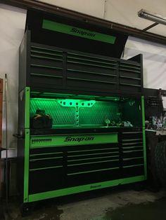 Tool Box Storage, Diy Garage Storage, Shop Storage, Garage Tools, Garage Shop, Custom Tool Boxes, Man Cave Table, Dream Auto, Garage Workshop Organization