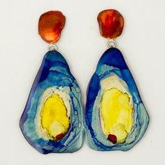 Painted brass earrings by Johanne Ratté @lesjoanneries.com