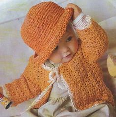 These baby items are adorable!  A lot of Nice Nice projects...Charts gratis
