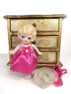 Vintage Bisque Doll Google Eyes Side Glancing Blonde Flapper