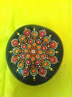 Mandala Stone de la boutique PierreduCoeur sur Etsy
