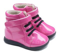 These adorable patent pink toddller boots will be perfect for your little pink princess. Featuring faux fur linings for warmth and comfort and flexible rubber soles for traction and ease of movement.