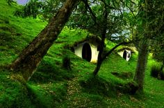awesome underground homes