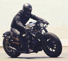 Custom Motorcycle Helmets, Motorcycle Types, Motorcycle Bike, Women Motorcycle, Motorcycle Quotes, Cb750 Cafe Racer, Cafe Racer Bikes, Cafe Racers, Triumph Motorcycles