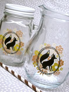 Mrs. Foxe Glass Pitcher. Perfect for summer. #foxes #fox #masonjar #pitcher #partysupplies #partysupply