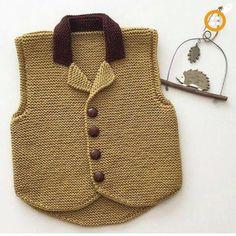 Erkek Çocuk Örgü Yelek Modelleri - 108 Adet Erkek Çocuk Yelekleri Crochet Baby Poncho, Knit Crochet, Knitting For Kids, Baby Knitting Patterns, Baby Pullover, Girls Hand, Knit Vest, Baby Sweaters, Knitted Blankets