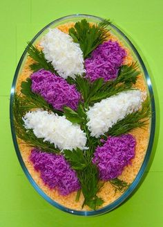 Pretty Persian food, salad design ♦๏~✿✿✿~☼๏♥๏花✨✿写☆☀🌸🌿🎄🎄🎄❁~⊱✿ღ~❥༺♡༻🌺<MO Feb ♥⛩⚘☮️ ❋ Food Design, Salad Design, Design Design, Salad Decoration Ideas, Salad Ideas, Food Carving, Food Tags, Food Garnishes, Garnishing