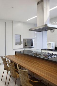 Cobertura Barão / Adriana Sadala e Maria Eduarda Gomide #kitchen