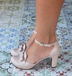 mira que lindos estos zapatos para tu boda civil o religiosa   #wedding #bride #shoes #accesories         de chiestore