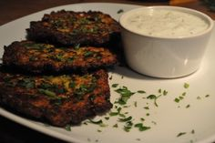 "Sommer recipies part 1 - ""Mücver"" turkish Zucchini- carrotfritters"