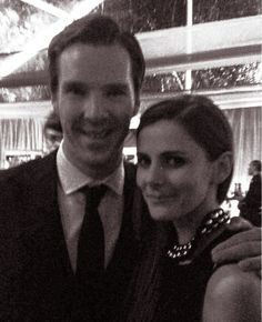 Benedict Cumberbatch & Louise Brealey pic source: x) Ben (on Loo): «Look how pretty Loo looks. She's so sparkly and looking so pretty and he (Sherlock)'s being such an ass. Sherlock Holmes 3, Sherlock Cast, Sherlock Holmes Benedict Cumberbatch, Louise Brealey, Benedict And Martin, Dr Watson, Sherlolly, Johnlock, Actresses