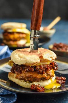 Breakfast Burger with Bourbon Bacon JamReally nice recipes.  Mein Blog: Alles rund um Genuss & Geschmack  Kochen Backen Braten Vorspeisen Mains & Desserts!